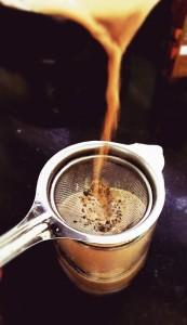 black tea cup-932303_960_720
